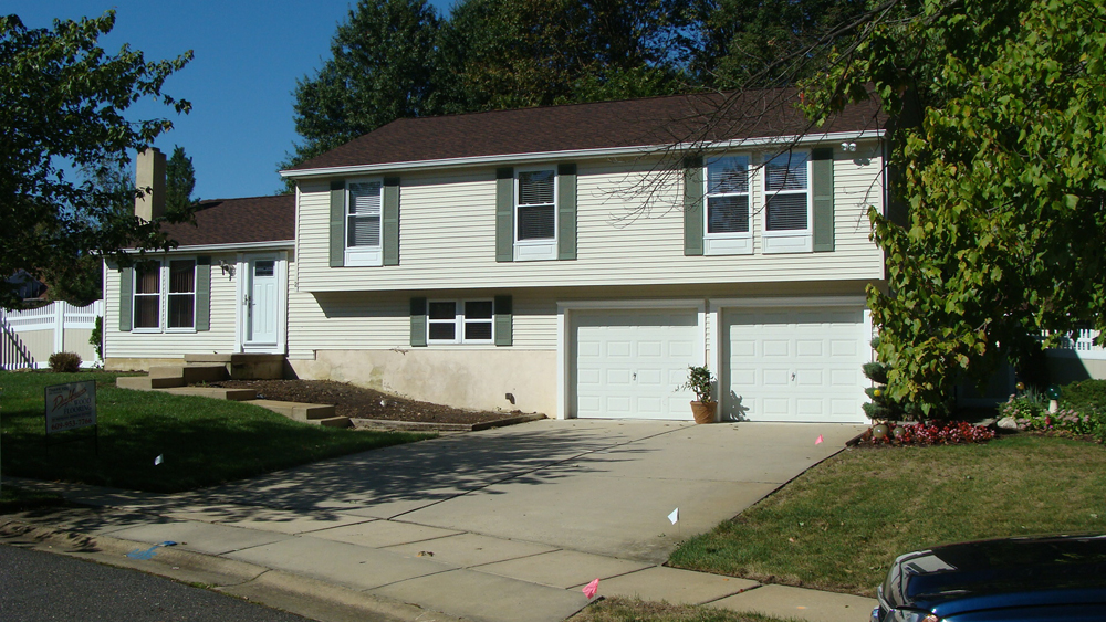 Before and after split level home in southern new jersey for Remodeling a split level home